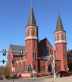 Cathedral of the Epiphany (Sioux City, Iowa) from SE 1.jpg