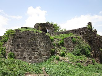 Pune district - Ruins of Chakan Fort