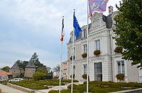 Champtoceaux - Hotel de ville.jpg