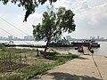 Changjiang River near Huangzhou Ferry Terminal 12.jpg