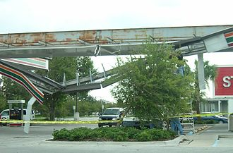 Hurricane Charley - Damage caused to a gas station by Hurricane Charley in Kissimmee, Florida.