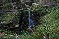 Chute d'eau devant l'entrée de l'Abîme de Bramabiau.jpg