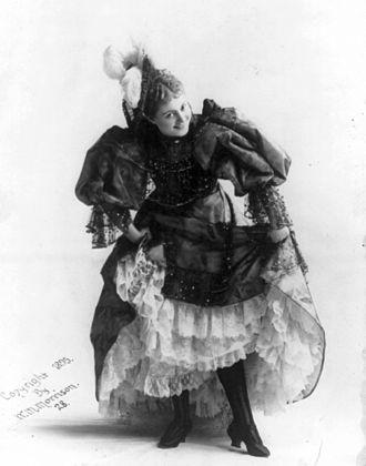 Cissy Fitzgerald - Photo by William McKenzie Morrison, 1895