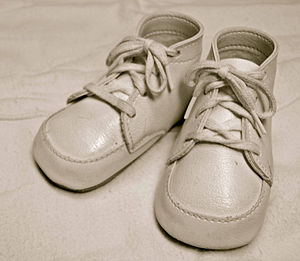 """For sale: baby shoes, never worn - A 6-word """"novel"""" regarding a pair of baby shoes is considered an extreme example of flash fiction."""