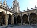 Claustro de la catedral de León.jpg