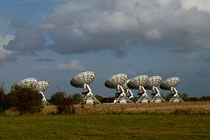 Cmglee AMI Large Array telescope.jpg
