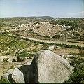 Collectie Nationaal Museum van Wereldculturen TM-20029509 Landschap met dolomieten en cactussen Aruba Boy Lawson (Fotograaf).jpg