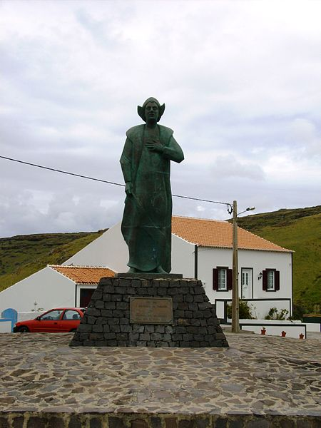 An statute of Columbus in Portugal