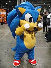 Cosplay de Sonic.