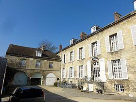 Le musée Antoine-Vivenel est installé dans l'hôtel de Songeons-Bicquilley.