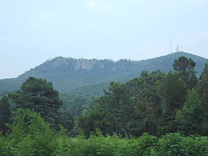Crowders Mountain State Park - Image: Crowdersmtn July 07