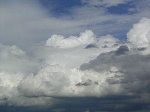 ベール雲 - Wikipedia