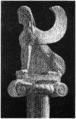 D341-sphinx des naxiens et chapiteau ionique.-L2-Ch8.png