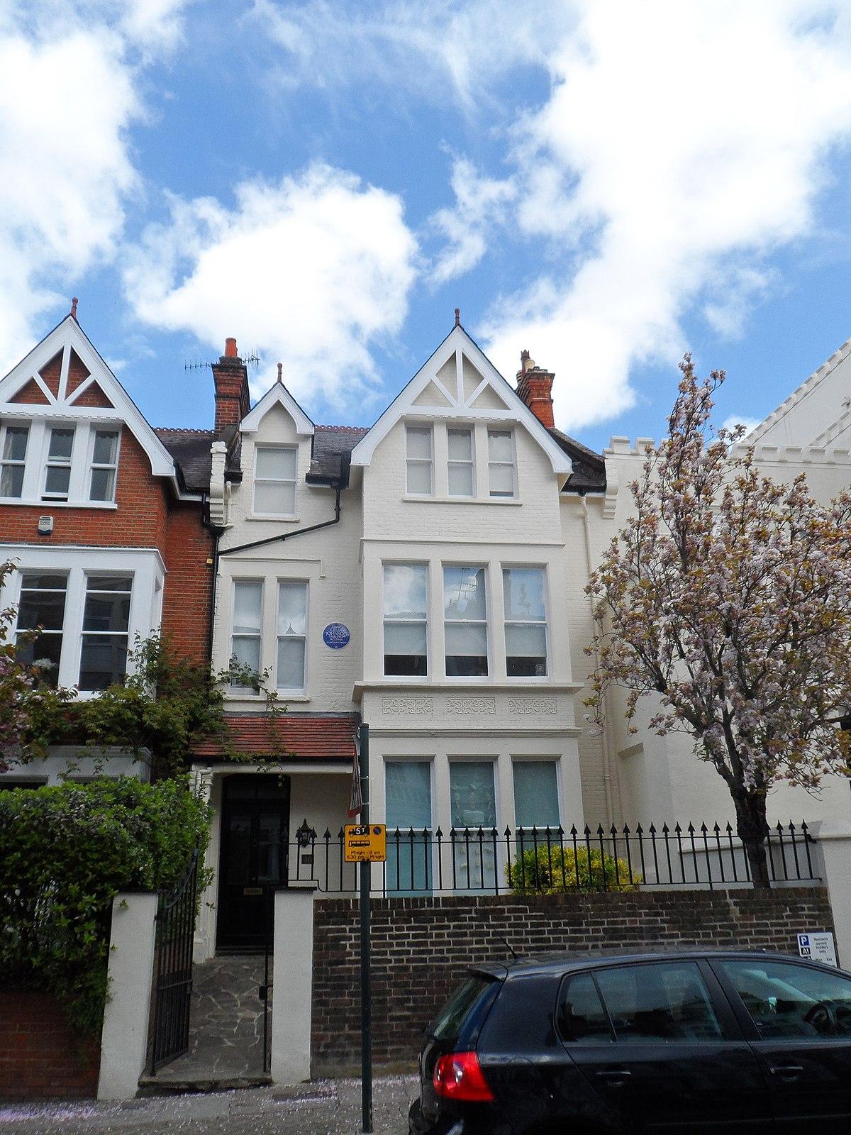 File Dame Celia Johnson 46 Richmond Hill Richmond London