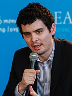 Damien Chazelle became the youngest winner of the category after winning this award for La La Land (2016). Damien Chazelle (cropped).jpg