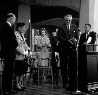 Edward C. Tolman - Tolman Hall Dedication Ceremony, 1963, left to right Clark Kerr, Kathleen Tolman, Edythe Brown (wife of department chair), Chancellor Edward Strong, Ernest R. Hilgard (guest speaker)