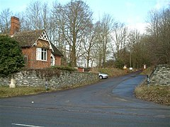 Denford Lodge - geograph.org.uk - 123135.jpg