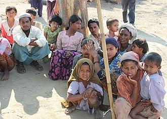 Rohingya people - Image: Displaced Rohingya people in Rakhine State (8280610831) (cropped)