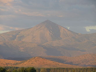Mount Ossa (Greece) - Image: Distant view of Kissavos