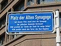 Dortmund Straßenschild Platz der Alten Synagoge nah.jpg