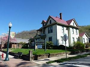 Dr. D. D. Hooper House - Dr. D. D. Hooper House, April 2014