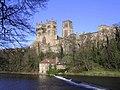 Durham Cathedral - panoramio - PJMarriott (1).jpg