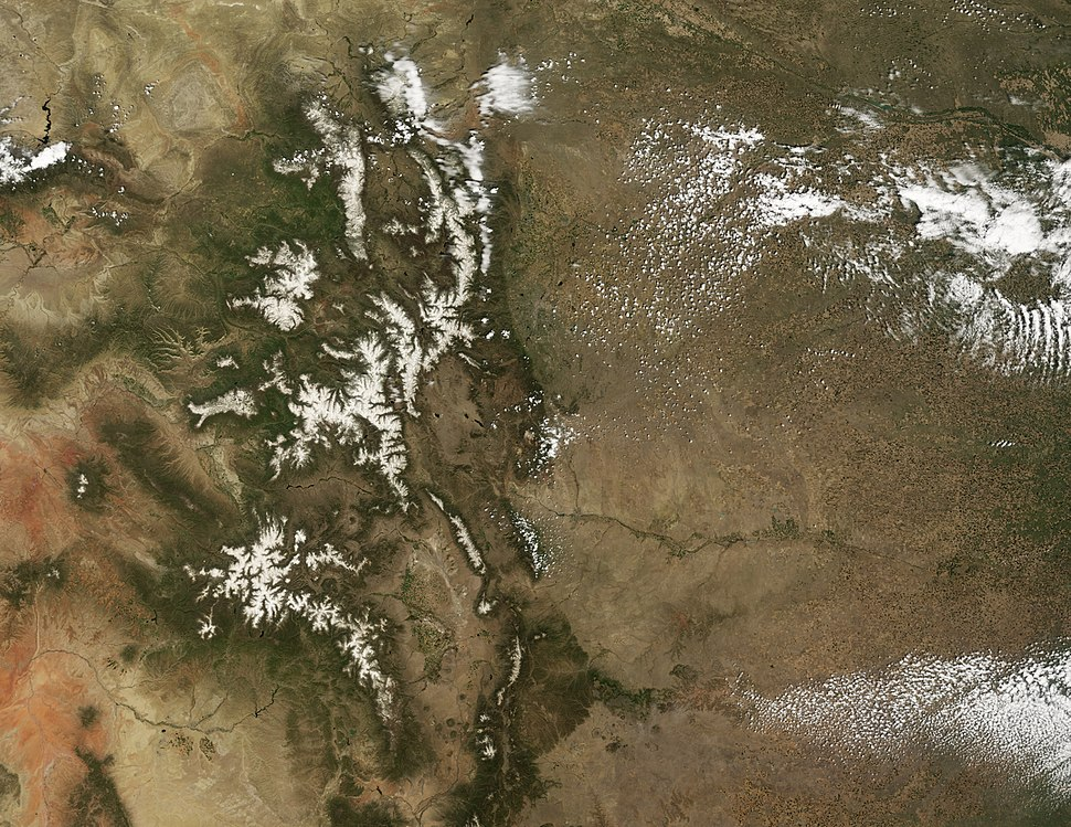 Dust Accelerates Snow Melt in San Juan Mountains - May 31, 2008