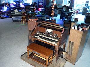 Eboardmuseum - One of the last remaining 1938 Hammond BA Player Organs worldwide