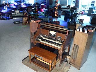 Eboardmuseum - One of the last remaining 1938 Hammond BA Player Organs worldwide