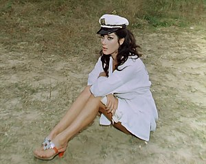 Edwige Fenech in Top Sensation.jpg