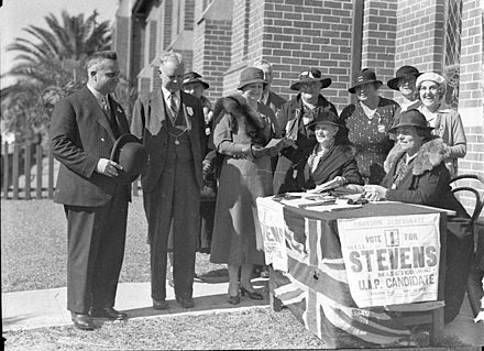 Premier Bertram Stevens (left) at a polling place in Croydon on 13 May 1935. Election 13 May 1935.jpg