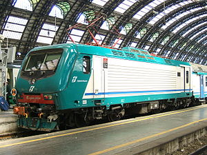 Electric locomotive at Milano C.jpg