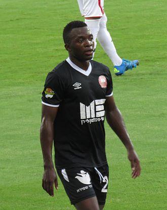 Emmanuel Mbola - Mbola playing for Hapoel Ra'anana in 2015