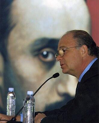 Enrique Krauze - Enrique Krauze presenting his book La presidencia imperial