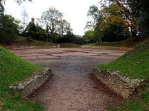 Calleva Atrebatum - Calleva's ruined amphitheatre