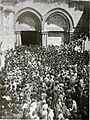 Entrance to the Church of the Holy Sepulcher. Underwood & Underwood. 1910.jpg