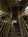 Escalier menant aux galeries de la prison Jacques-Cartier, Rennes, France.jpg
