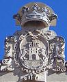Escudo sobre el Ayuntamiento de Haro.jpg