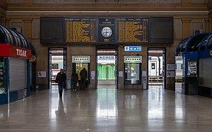 Zagreb Glavni kolodvor - Image: Estación Principal de FF.CC., Zagreb, Croacia, 2014 04 20, DD 02