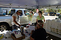 FEMA - 39185 - Volunteers load ice and meals in Texas.jpg