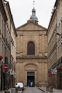 Façade de l'Église Saint-Sauveur de Rennes.jpg