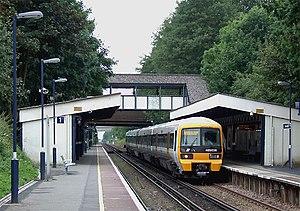 Falconwood railway station - Image: Falconwood Station east of Eltham geograph.org.uk 986544