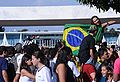 Fans outside Palácio da Alvorada during visit of Brazil national football team 2010-05-26 1.jpg