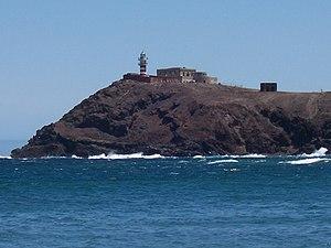 Faro de Arinaga captado desde la Playa del Cabrón.JPG