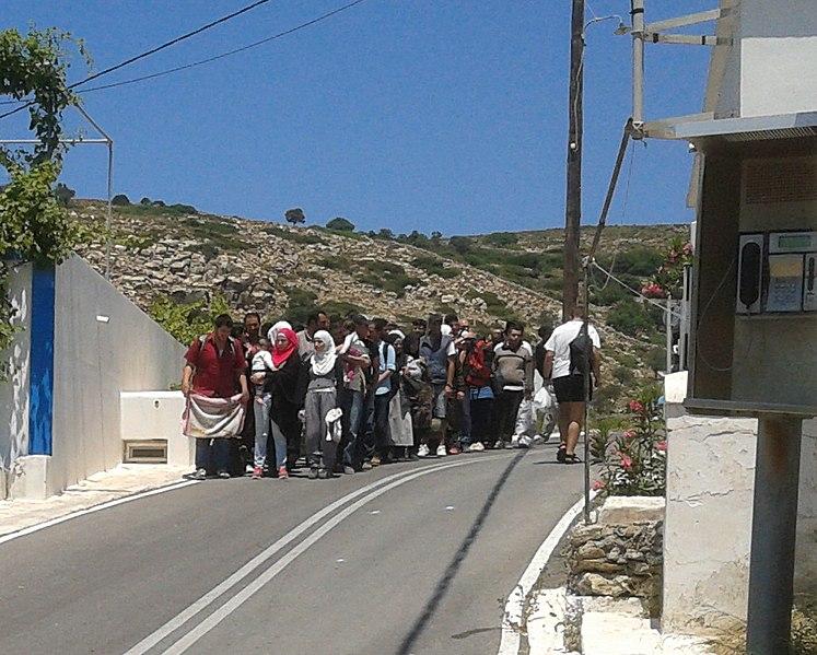 File:Flüchtlinge auf der Insel Agathonisi IMG 0395Flüchtlinge.jpg