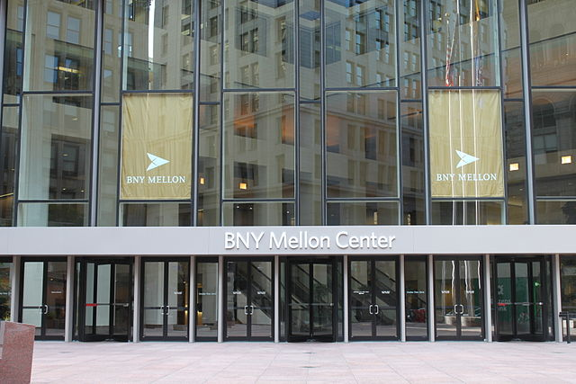 file front of bny mellon center  3583589876  jpg