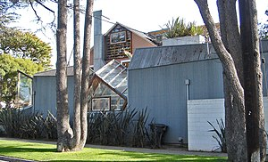 Frank Gehry - Gehry Residence in Santa Monica, California (1978)