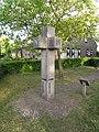 Gemert, sculptuur de IJsheiligen, zijde NW.JPG