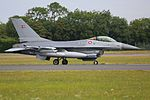 General Dynamics F-16 AM Fighting Falcon 03 (14707631362).jpg
