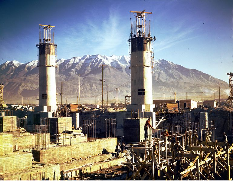 File:Geneva Steel Mill 1942 by Andreas Feininger.jpg